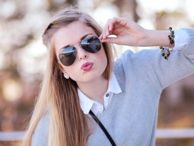 النظارات الشمسية التجارية تتسبب بالعمي