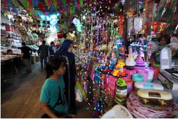المفتي العام: يدعو المقاهي و المطاعم للإغلاق في نهار رمضان