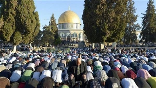 الجمعة الأخيرة في رمضان ربع مليون مُصلي في الاقصي