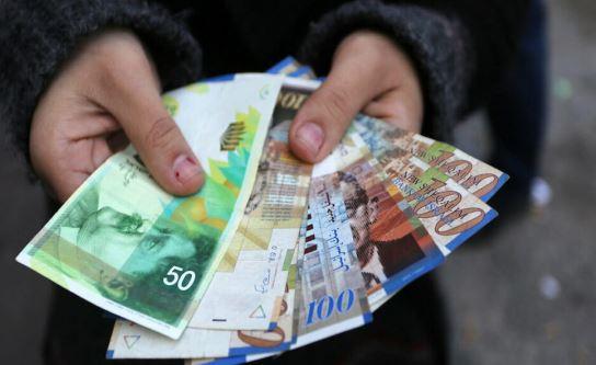 صرف شيكات الشؤون اليوم الثلاثاء للاسر الفقيرة بغزة والضفة