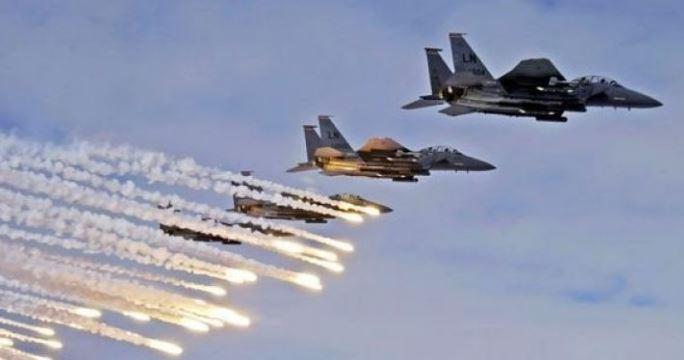 الطيران الاسرائيلي يشن عدة انفجارات وهمية في سماء غزة
