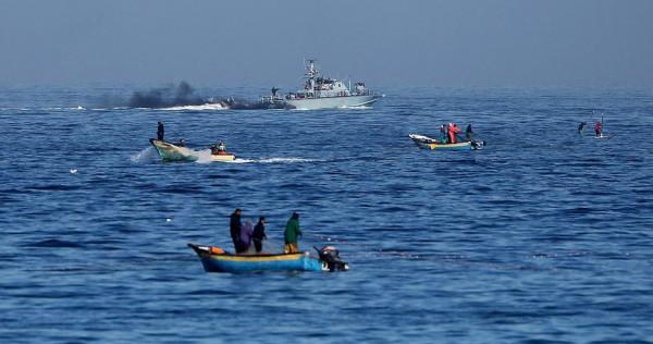 الجيش الاسرائيلي يقلص مساحة الصيد مجدداً بغزة