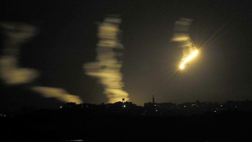 اسرائيل : اصابة مبني في سديروت بصاروخ اطلق من غزة