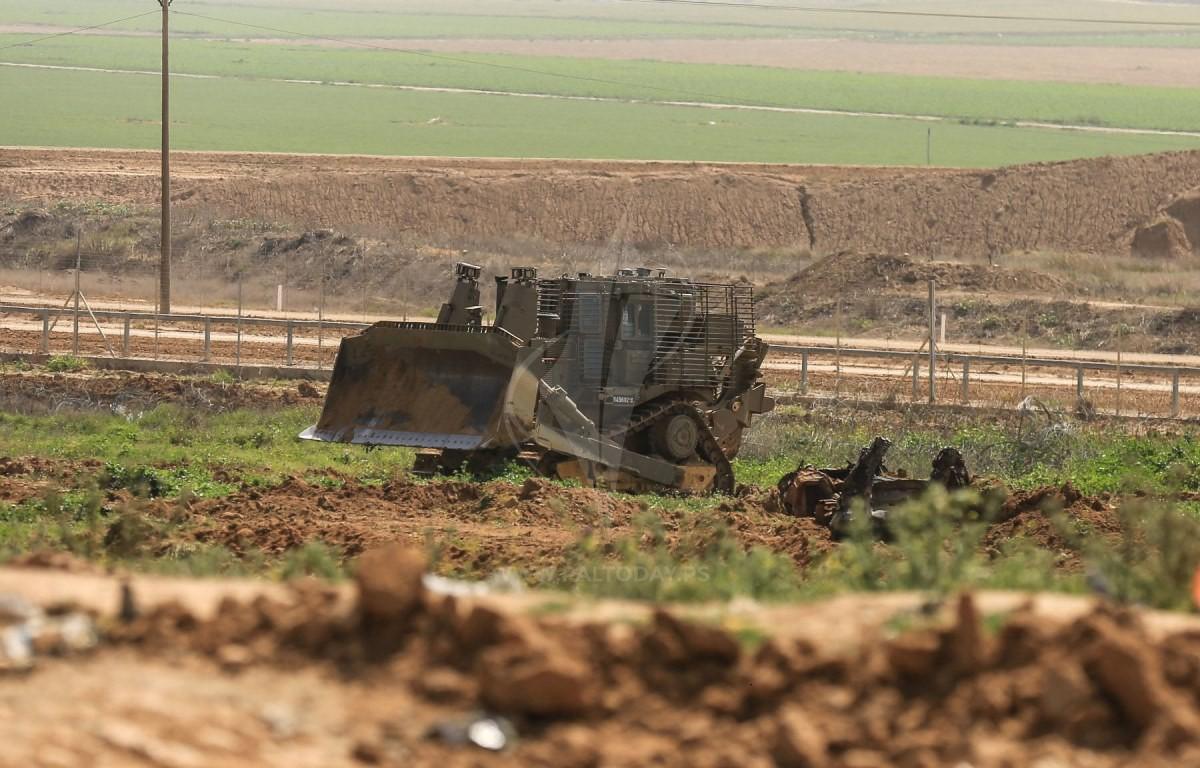 جرافات الجيش الاسرائيلي تتوغل شرق رفح