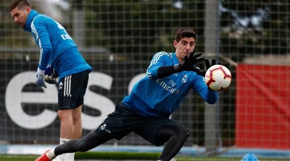 حارس ريال مدريد كورتوا يتعرض للاصابة
