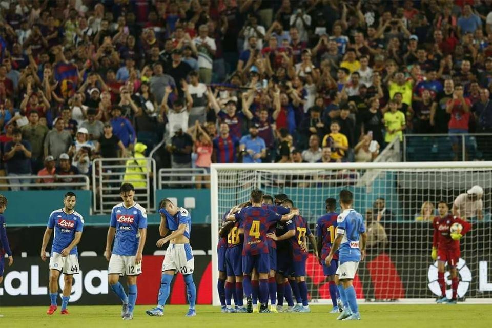 برشلونة يهزم نابولي بثنائية لهدف