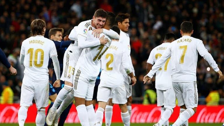 ريال مدريد يتقاسم صدارة الليغا مع برشلونة