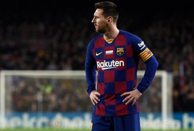 العنيد ريال بيتيس يستقبل برشلونة