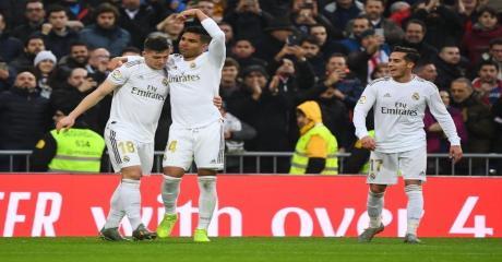 بثنائية كاسيميرو ريال مدريد ينفرد بصدارة الليغا