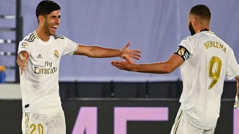 ريال مدريد يضرب الافيس بهدفين دون رد ويقترب نحو تحقيق الليغا