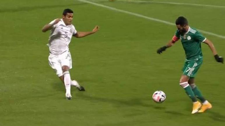 الجزائر تتعادل مع المكسيك بهدفين لمثلهما