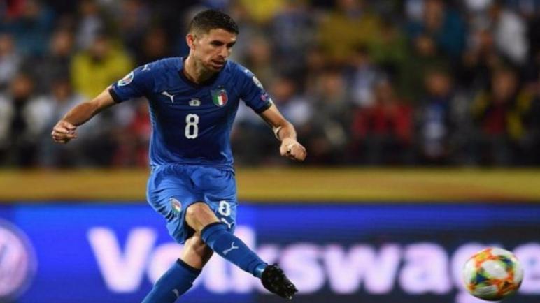 إيطاليا تحقق الفوز علي بولندا بثنائية