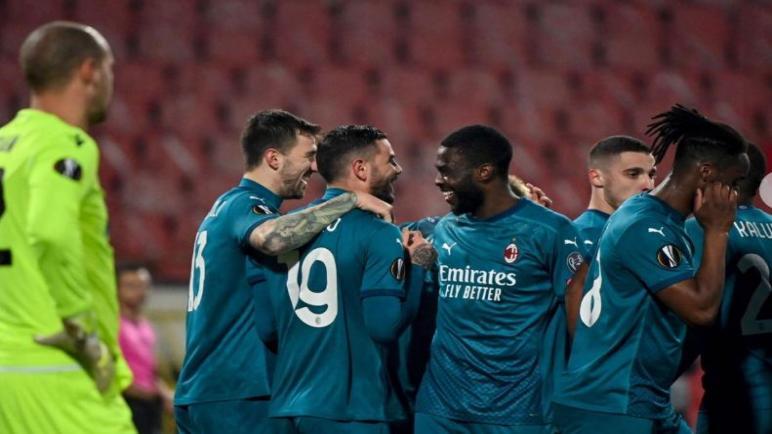 ميلان يعود من صربيا بتعادل ثمين امام سرفينا زفيزدا في الدوري الأوروبي