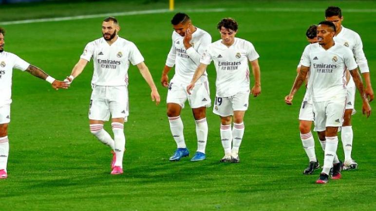 ريال مدريد يتجوز قادش بثلاثية نظيفة ويستعيد صدارة الدوري الاسباني