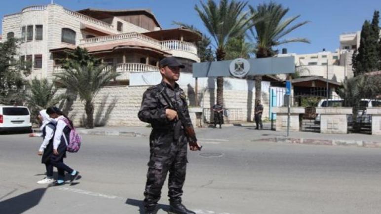 داخلية غزة تغلق الاسواق من بعد الثانية ظهرا