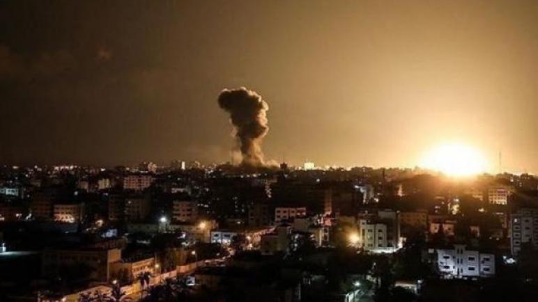 المدفعية ترد علي اطلاق صاروخ من غزة