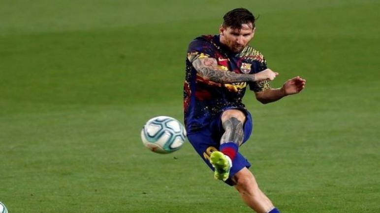 برشلونة يتعرض للخسارة من أوساسونا ويمنح ريال مدريد لقب الليجا