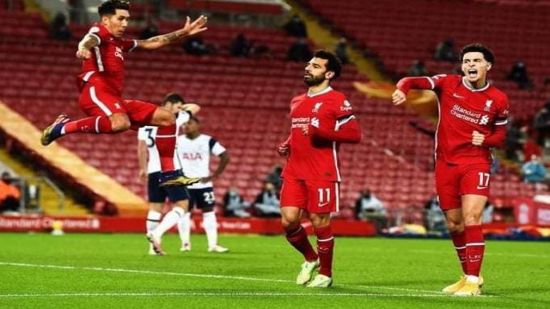 ليفربول يهزم توتنهام وينفرد بصدارة الدوري الإنجليزي