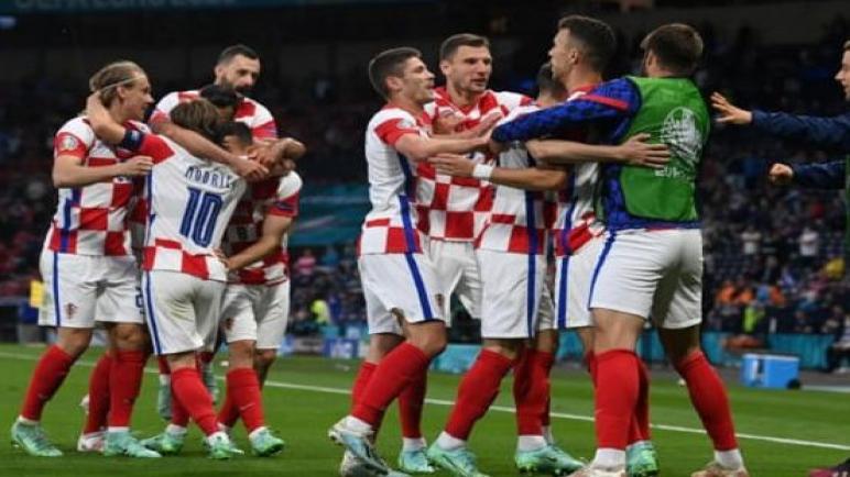 كرواتيا تهزم اسكتلندا بثلاثية وتبلغ ثمن نهائي اليورو