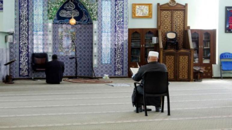 الاوقاف بغزة اجعلوا بيوتكم مساجد