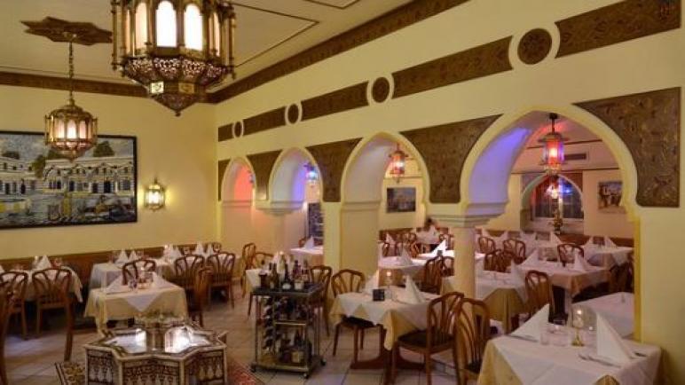 الداخلية غزة اعادة فتح ابواب المطاعم