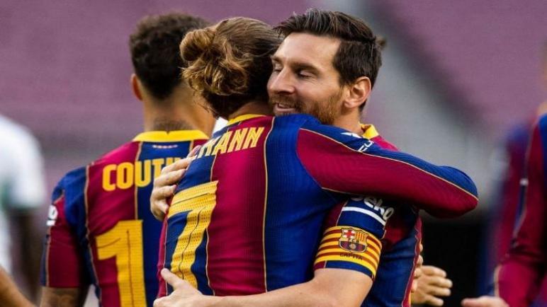 برشلونة يستضيف فياريال علي الكامب نو