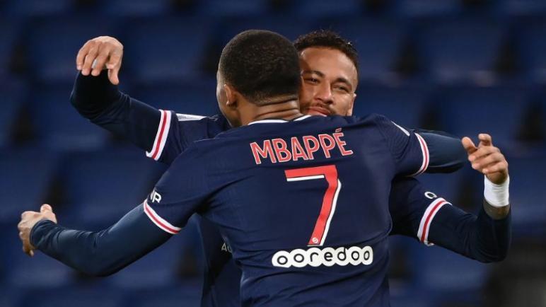 باريس يحقق الفوز على انجيه بسداسيه في الدوري الفرنسي