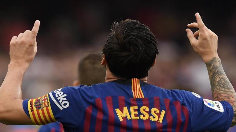 برشلونة يواجه هويسكا علي ملعب ألكوراز
