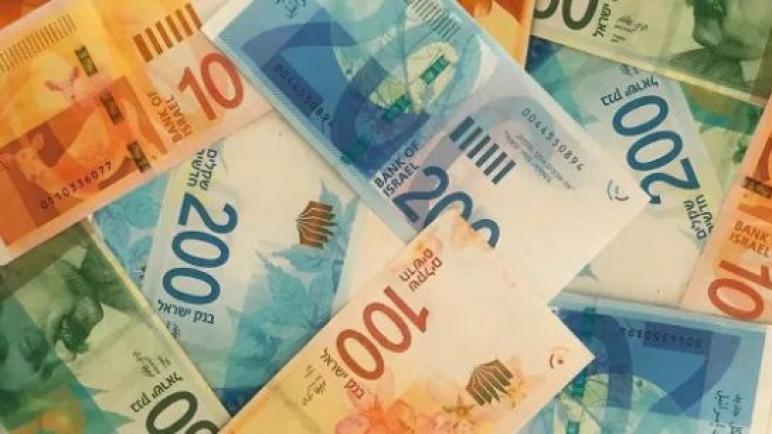 ارتفاع قيمة الشيكل وانخفاض الدولار الأمريكي