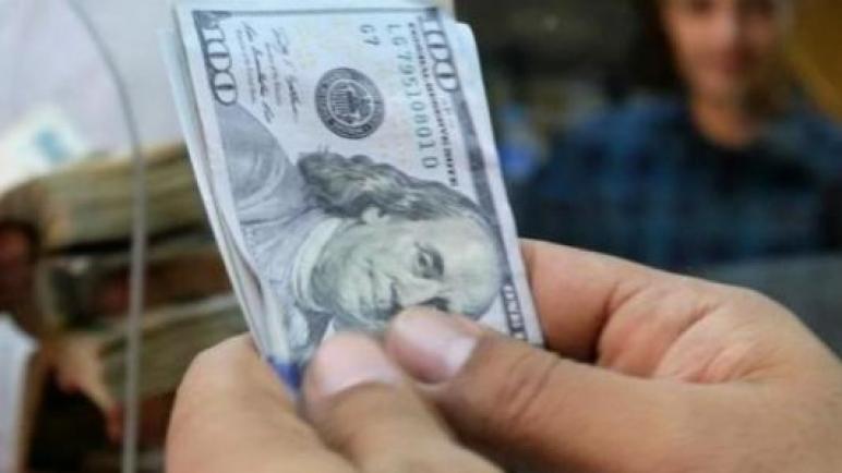 بدء صرف المنحة القطرية 100 دولار للاسر الفقيرة