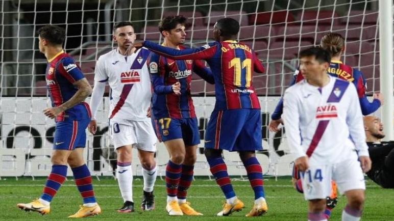 ايبار يجبر برشلونة علي التعادل
