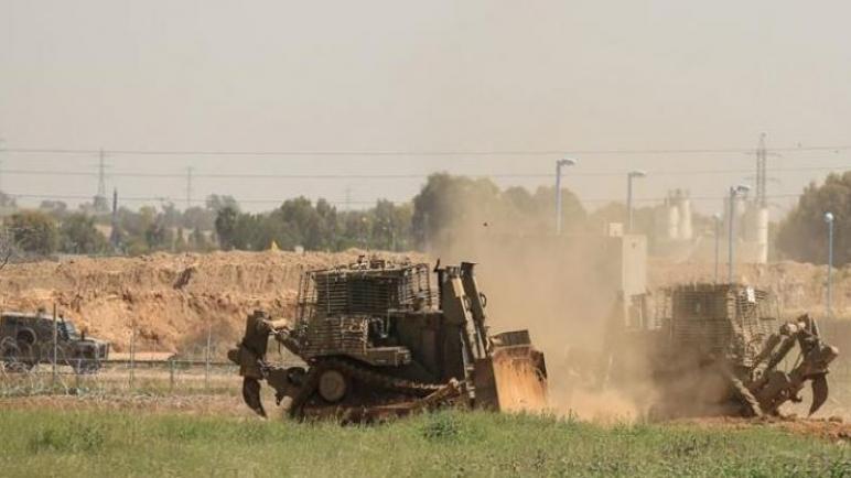 آليات عسكرية إسرائيلية توغلت شرق خانيونس