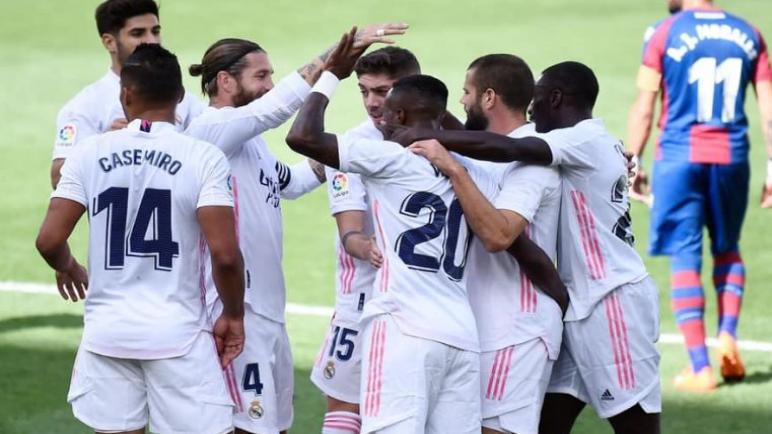 ريال مدريد يفوز على ليفانتي ويرتقي الى صدارة الليغا