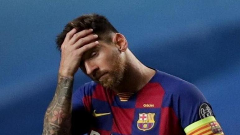 برشلونة يعلن انتهاء حقيبة ميسي مع الفريق