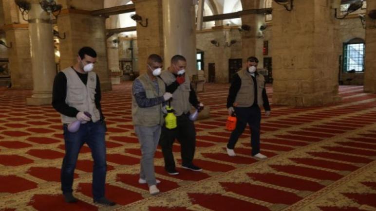 تأجيل فتح ابواب المساجد في غزة الي اسبوعين