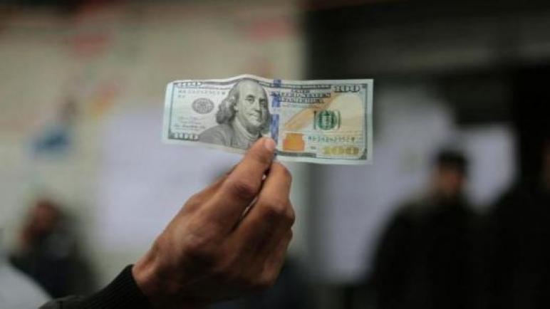 البدء بصرف المنحة القطرية 100 دولار للأسر المتعففة
