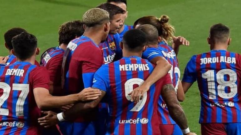 برشلونة يهزم اليوفي بثلاثية في نهائي كأس جوهان غامبر